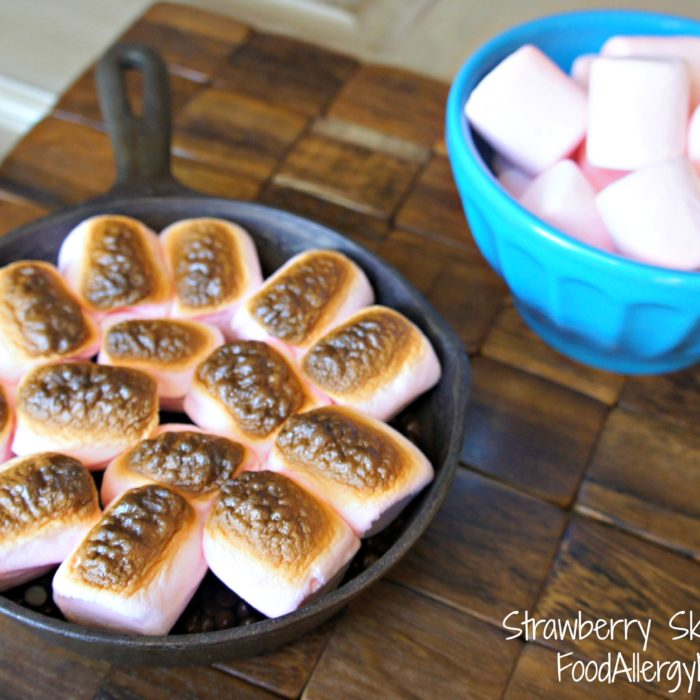 Strawberry Skillet S'mores from @FoodAllergyEats